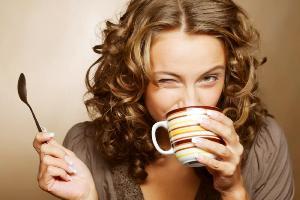 Горячий чай предотвращает развитие глаукомы