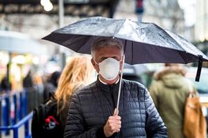 Эксперты признали: коронавирус передается по воздуху. Каковы новые риски и способы защиты от COVID-19?