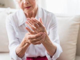 Коронавирус вызывает болезнь Паркинсона? Первый зарегистрированный случай и мнения ученых